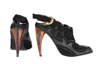 Lot 23-Alexander McQueen black suede and leather shoes, 'Irere', Spring-Summer 2003