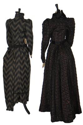 Lot 12 - A purple wool day dress, circa 1897