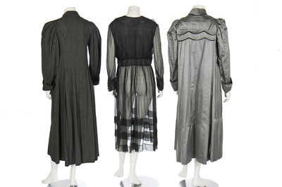 Lot 20 - A group of mainly summertime daywear, mostly 1900-1910s