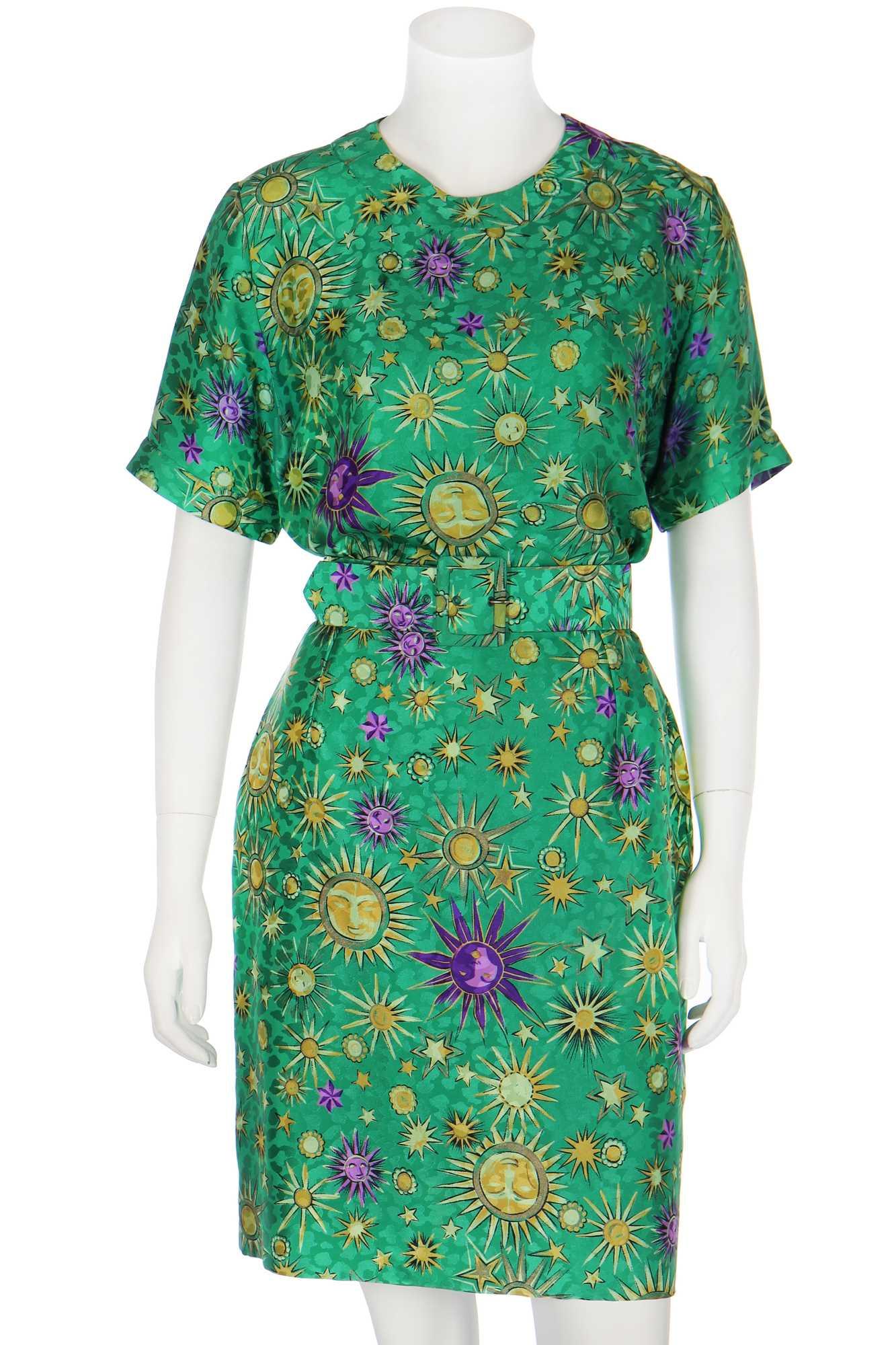 Lot 344 - A Tomasz Starzewski bespoke printed silk ensemble, worn by Sarah Ferguson, Duchess of York, 1991