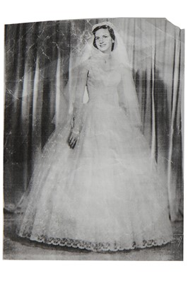 Lot 89 - An embroidered tulle bridal gown, circa 1955