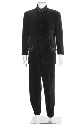 Lot 88 - A Richard James men's black velvet evening suit, probably Autumn-Winter 1989
