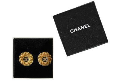 Lot 22 - A pair of Chanel gilt clip-on earrings, Autumn-Winter 1994-95
